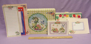 Note-Box-with-Stationary-Cards-Envelopes-Birthday-Birdhouses-Straw-Hat-Floral