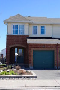 3 bdr 2.5 bath End unit Longfileds Barrhaven from May