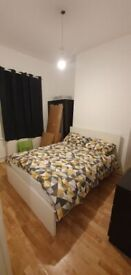 VERY LARGE EN-SUITE DOUBLE RM WITH PRIVATE BATHROOM. 8 mins walk to Grove Park Station