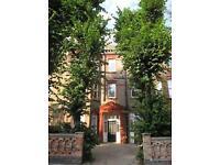 2 bedroom flat in Fairhazel Gardens, West Hampstead, NW6