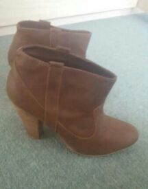 ZARA WOMENS ANKLE BOOTS SIZE 7