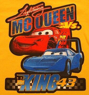 2T Lightning McQueen vs The King 43 T-Shirt Yellow (Mcqueen Vs King)