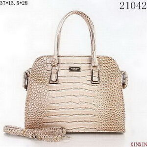 Michael Kors Bags on Sale - Up to 77% off