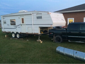 27 ft 2003 jayco qwest fifth wheel