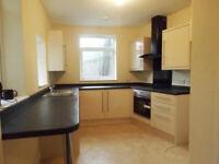 1 bedroom flat in Harwoods Road, Watford, WD187RN