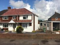 (house share) rooms to rent Newly refurbished property nr wednesfield (professional persons)