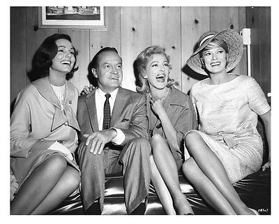 Bachelor In Paradise Still Bob Hope And Beauties Paula Prentiss Others     N897