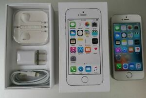iPhone 5s 64GB / Silver / Like New