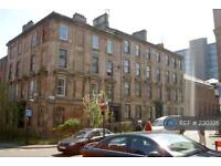 3 bedroom flat in Rose St, Glasgow, G3 (3 bed)
