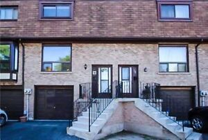 3 Bedroom Condo Townhouse (Ritson & Hillcroft)