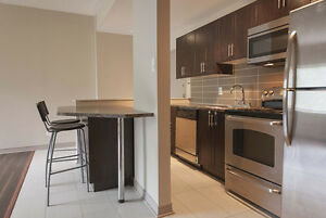 2 bedroom lease transfer COMPLETELY FURNISHED, Parc Fontaine
