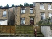 3 bed student home Huddersfield £70pw bills included 4 min from uni