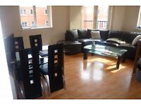 Lrg double room available 1st September in shared City Centre apartment (all in).