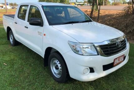 2014 Toyota Hilux GGN15R MY14 SR Double Cab White 5 Speed Automatic Utility