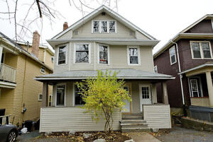Large 4-Bedroom Near Spring Garden and Robie