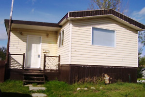 4  BDM  MOBILE  HOME  IN  GREGOIRE  FOR  SALE