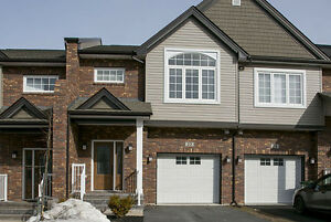 Beautiful West Bedford Townhouse For Sale