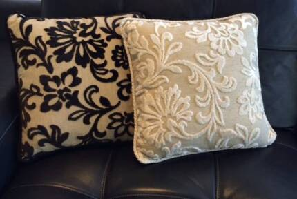 Stunning Cushions / 40 x 40 / 4 CUSHIONS for $60.00 Lilli Pilli 2229 Sutherland Area Preview