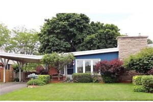 3 Bedroom Bungalow for Rent in the Falls