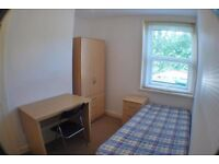 Short Term Let Only (Available Until July/August) - 4 Bedroom House Highfield Southampton -