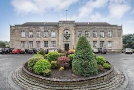 Stunning 3 bed Flat within Braehead House, Kirkcaldy