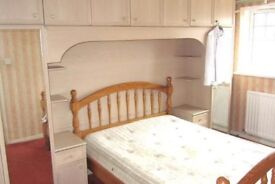 Double room to rent £360