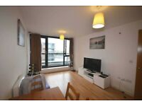 1 bed flat to let in Hallsville Road E16 Part dss/student accepted
