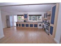 6 Bedroom student house to rent in Uxbridge, 5 mins to Brunel, recently refurbished, 2 x bathrooms