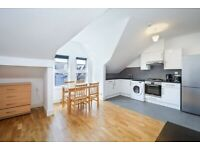 Converted Top 2nd Floor 2 DBed Flat Bath Shower Open Kitchen Dining Sitting Near Rail Tube Bus Shops