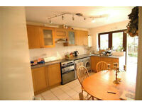 Stunning 3/4 bed flat in Camden Town companies accepted