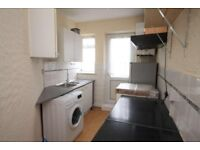 A SPACIOUS TWO BEDROOM FLAT TO LET IN ROMFORD
