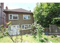 3 bedroom house in Picardy Road, Belvedere, DA17 (3 bed)
