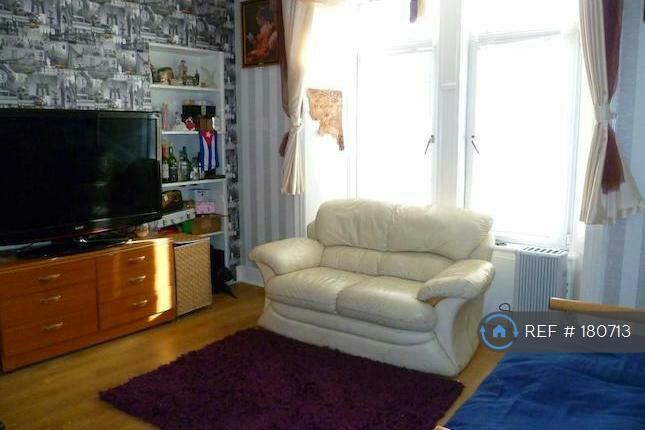 1 bedroom flat in Morgan Street, Dundee, DD4 (1 bed)