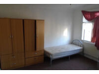 1 Bed Flat To Let Near Ilford Station