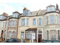 Stunning spacious four/five bedroom two bathroom house in Forest Gate, E7
