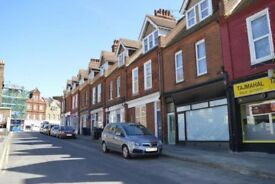 Two double rooms avaialble in a lovely 4 bedroomed flat with excellent facilites
