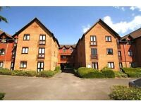 Hill lane parking, 4 minute walk to train station and 10mins to town. Central Southampton
