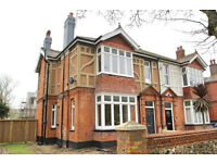 One Bedroom Flat Central Worthing. NO AGENT