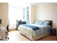 2 bedroom flat in Redcliffe Gardens, Ilford, Essex, IG1