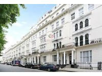 We are happy to offer this bright one apartment in Kensington Gardens Square, Bayswater, W2.