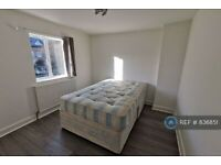 3 bedroom house in Cockfosters Road, Cockfosters, EN4 (3 bed) (#836851)