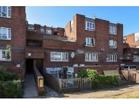 Stunning 3 bed flat to rent in Peckham!!!