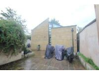 2 bedroom house in Melville Road, Blackhorse Road, E17