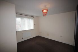 **DOUBLE ROOMS AVALIABLE-IMMEDIATE MOVE IN** **DSS ACCEPTED** **NO DEPOSIT**