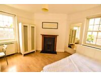 Newly refurbished 2 double bed apartment,No lounge,2 Mins from Waterloo station,Available 18 October
