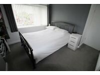 ***Lovely And Large Double Room Available All Bills Included Plus Free Wifi***