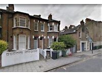 SPACIOUS FIVE OR SIX BEDROOM HOUSE WITH 2 RECEPTIONS EAT IN KITCHEN & GARDEN NEAR CLAPHAM NORTH TUBE
