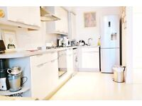 ***Stunning 2 Bedroom 2 Bathroom ground floor flat to rent in Rayners Lane***