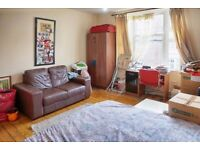 ** Stunning 2 bedroom flat to let ** E7 *** available now ** part dss considred