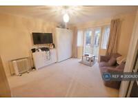 1 bedroom flat in Angel Lane, Hayes, UB3 (1 bed)